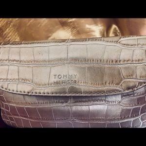 Tommy Hilfiger Bags - Tommy Hilfiger mini bag gold